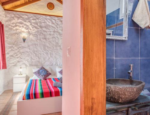 Casa Qinti Schlafzimmer Bad